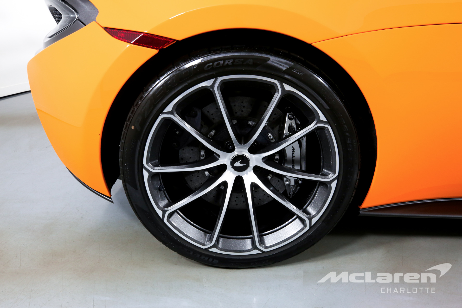 Used 2019 McLaren 570S Spider Base | Charlotte, NC