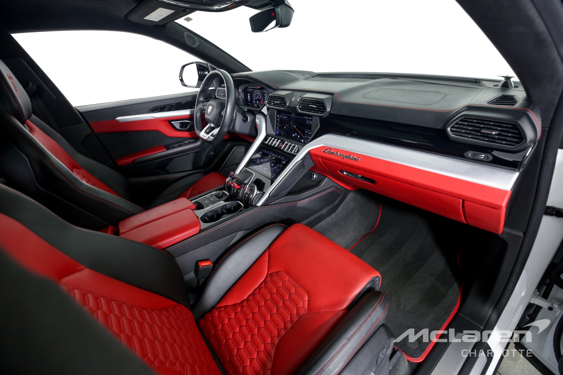 Used 2019 Lamborghini Urus    Charlotte, NC