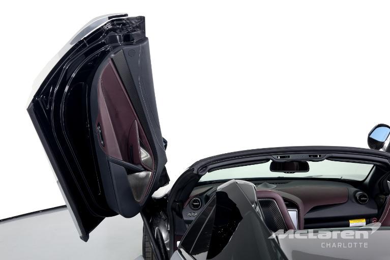 New-2019-McLaren-720S-Spider-Luxury