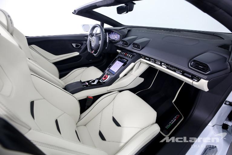 Used-2020-Lamborghini-Huracan-LP-640-4-EVO-Spyder
