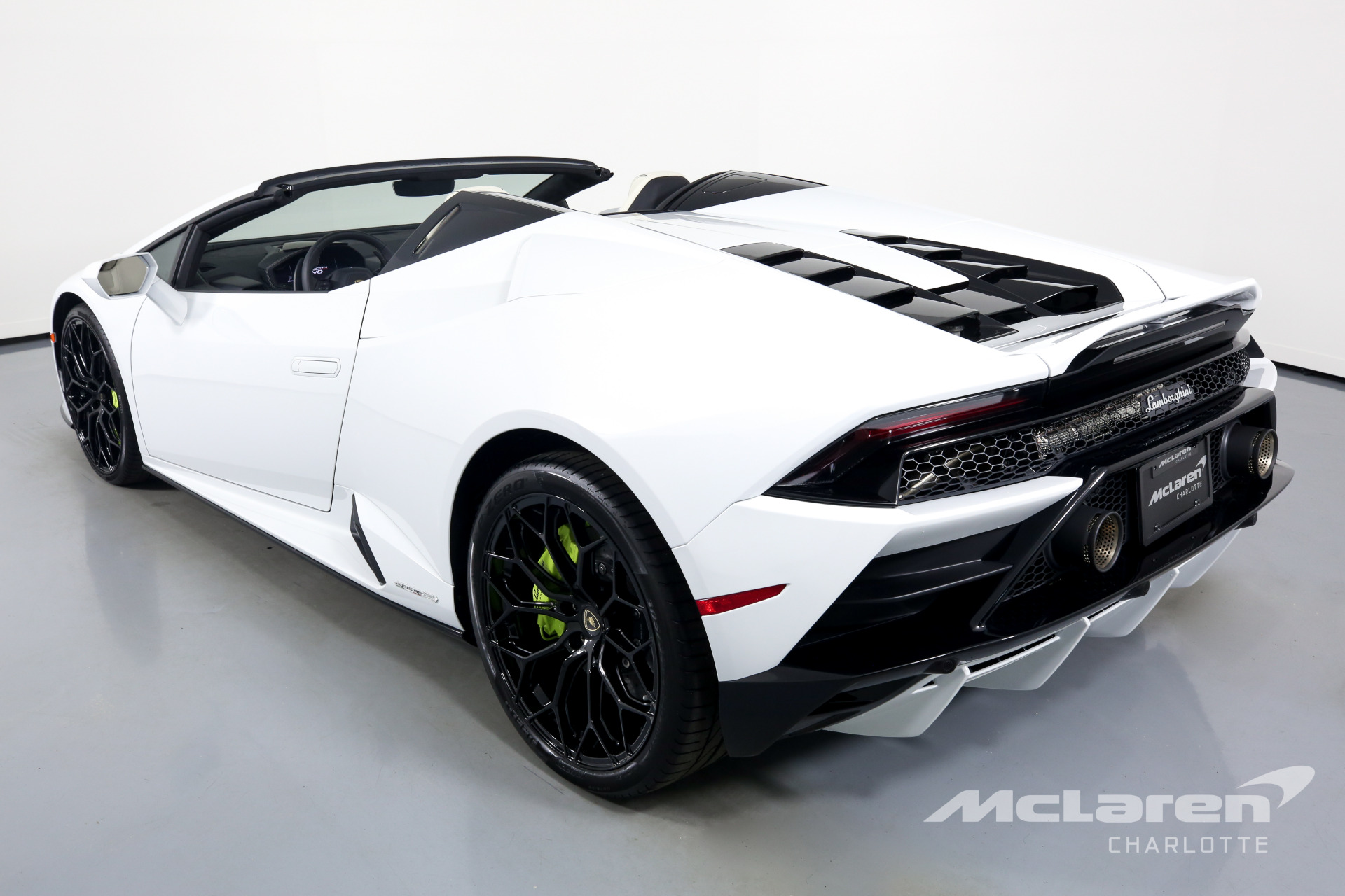 Used 2020 Lamborghini Huracan LP 640-4 EVO Spyder | Charlotte, NC