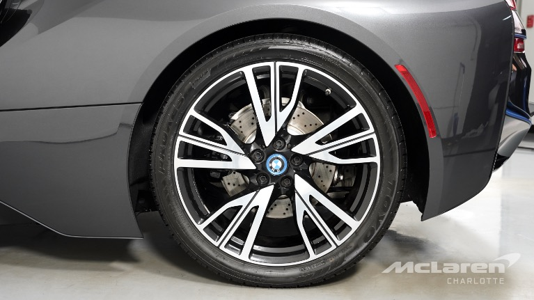 Used-2015-BMW-i8