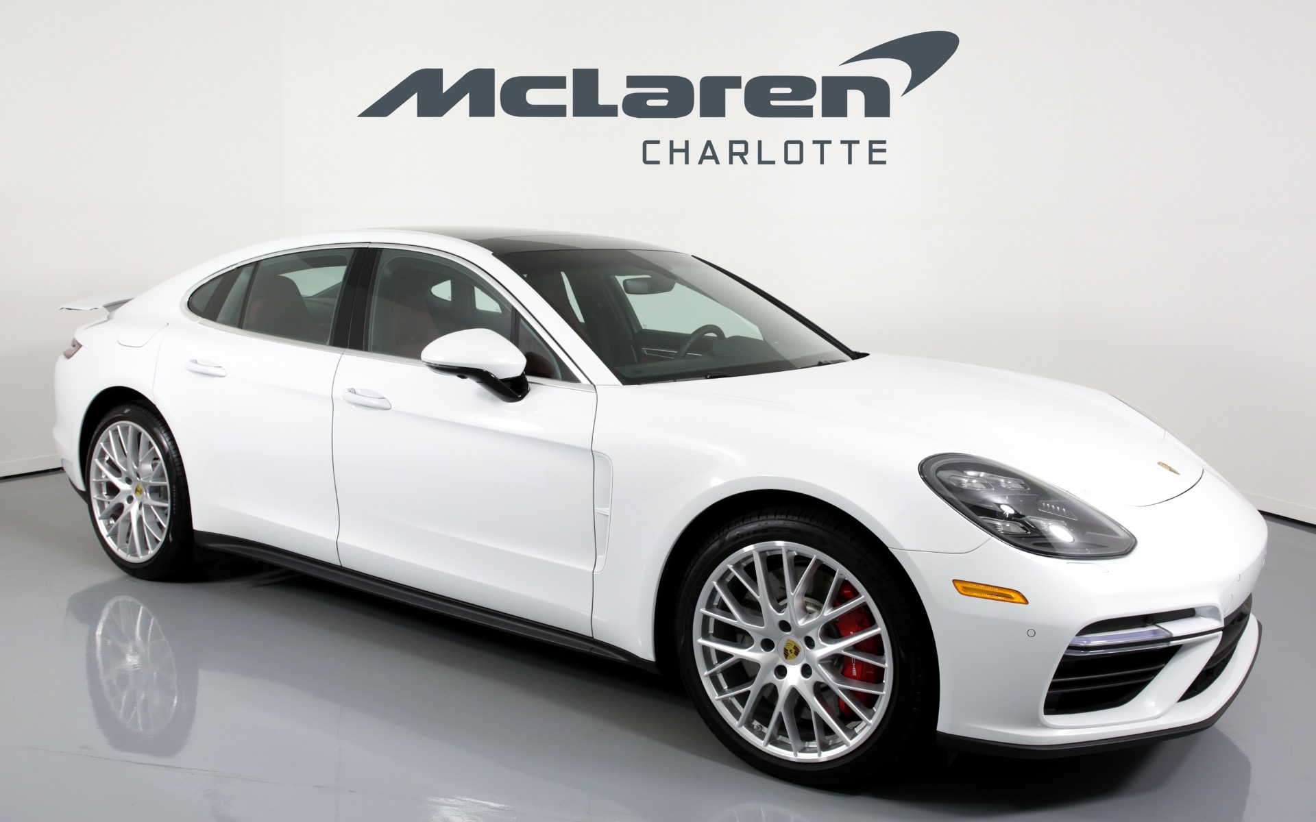 Used-2018-Porsche-Panamera-Turbo