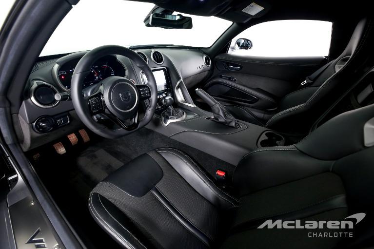 Used-2016-Dodge-Viper-SRT