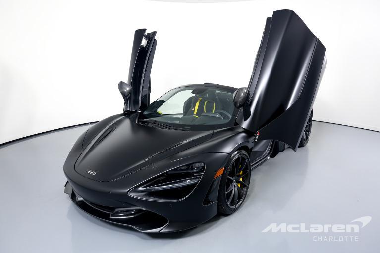 Used-2021-McLaren-720S-Spider-Performance