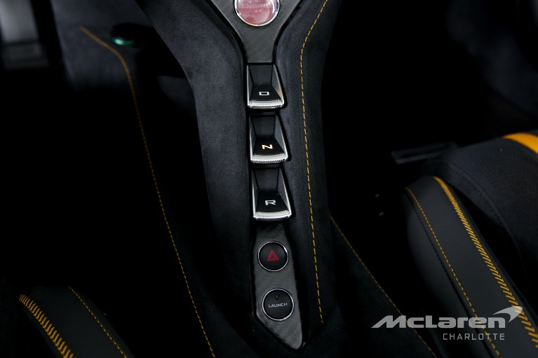 Used-2020-McLaren-720S-SPIDER-Performance