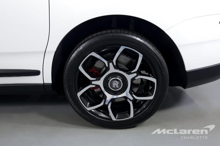 Used-2021-Rolls-Royce-Cullinan-Black-Badge