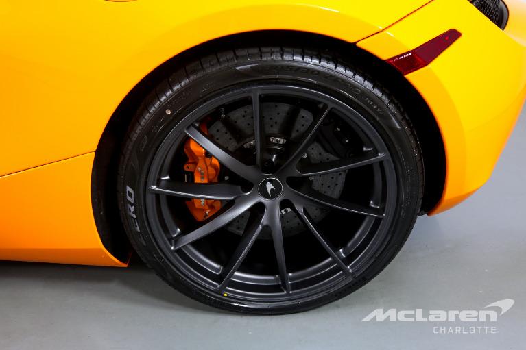 New-2021-McLaren-720S-Spider-Performance