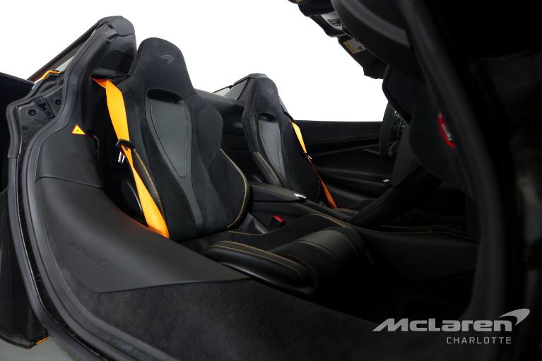 Used-2020-McLaren-720S-Spider-Performance