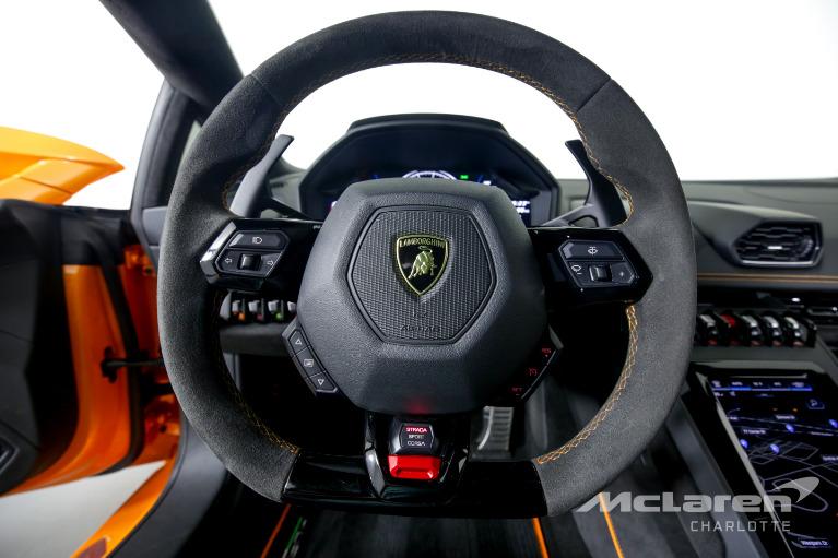 Used-2020-Lamborghini-Huracan-LP-640-4-EVO