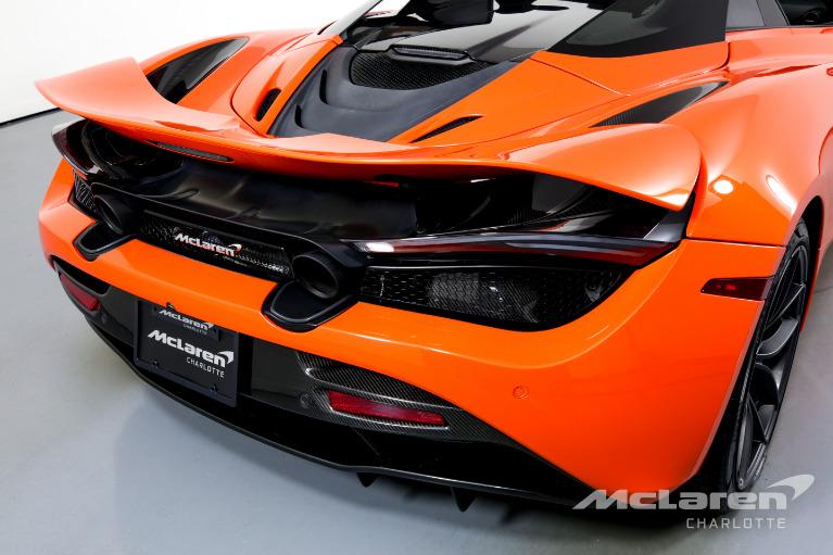 Used-2019-McLaren-720S-Spider-Performance