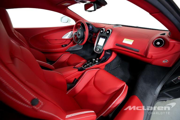 New-2021-McLaren-GT