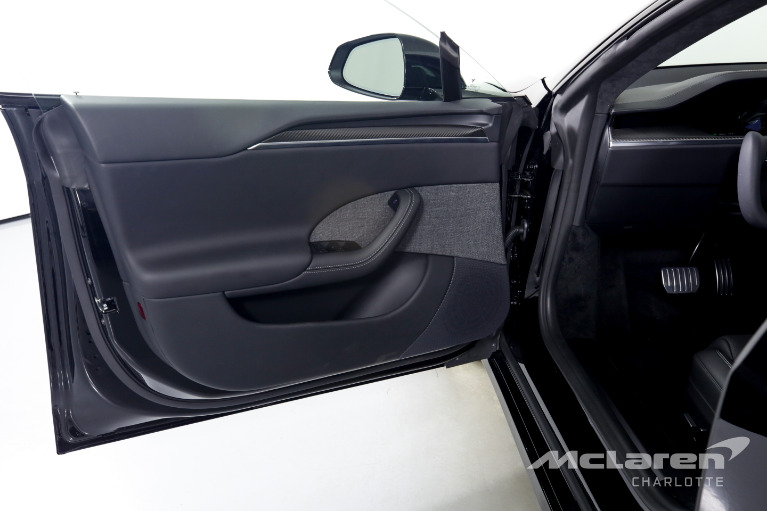 Used-2021-Tesla-Model-S-Plaid