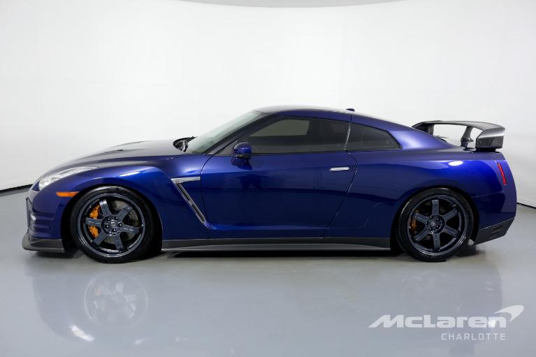 Used-2015-Nissan-GT-R-Black-Edition