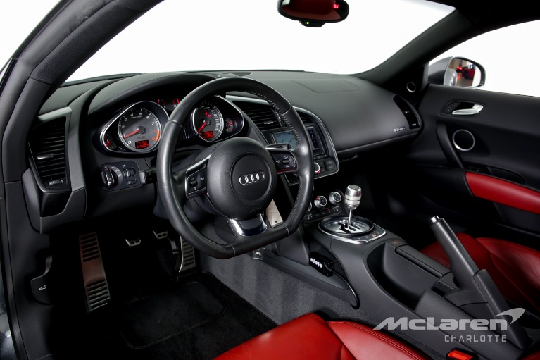 Used-2008-Audi-R8-quattro