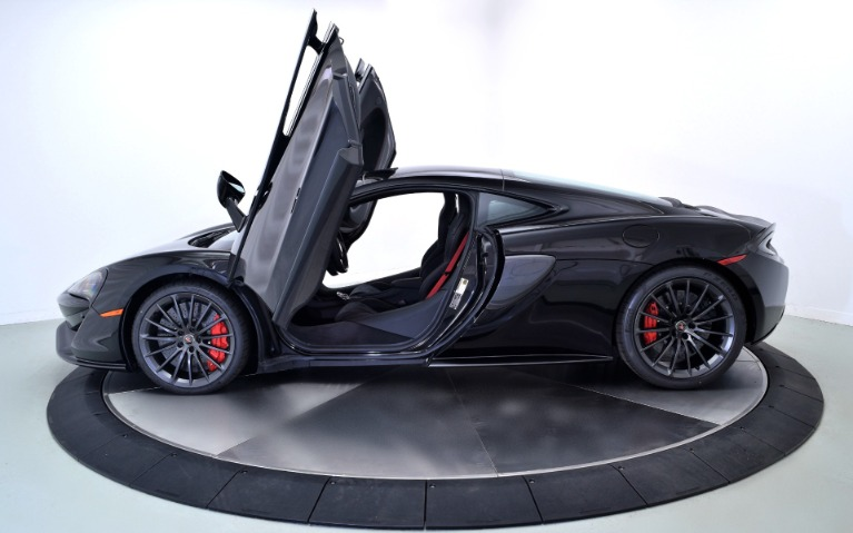New-2018-McLaren-570GT