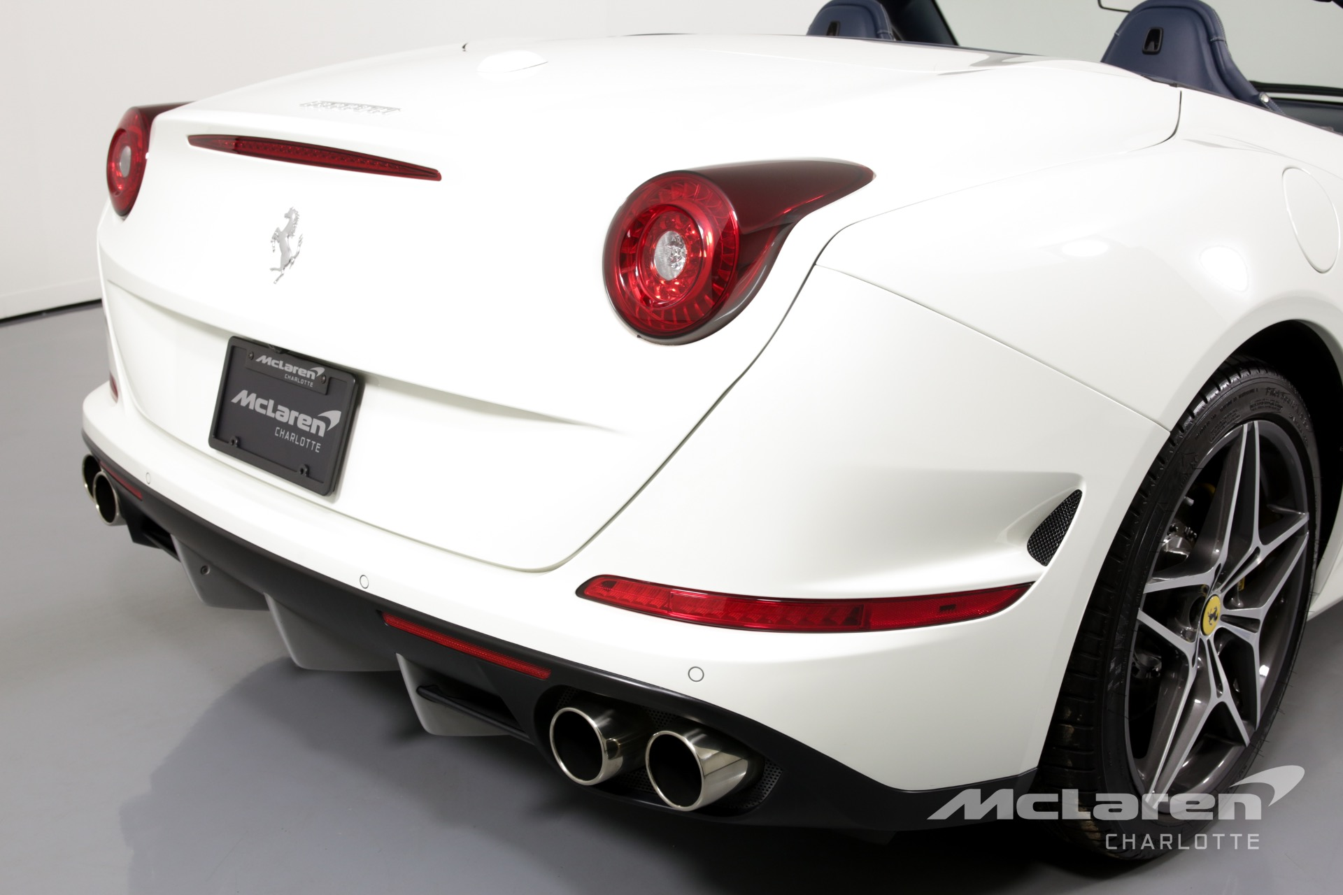 Used-2015-Ferrari-California-T