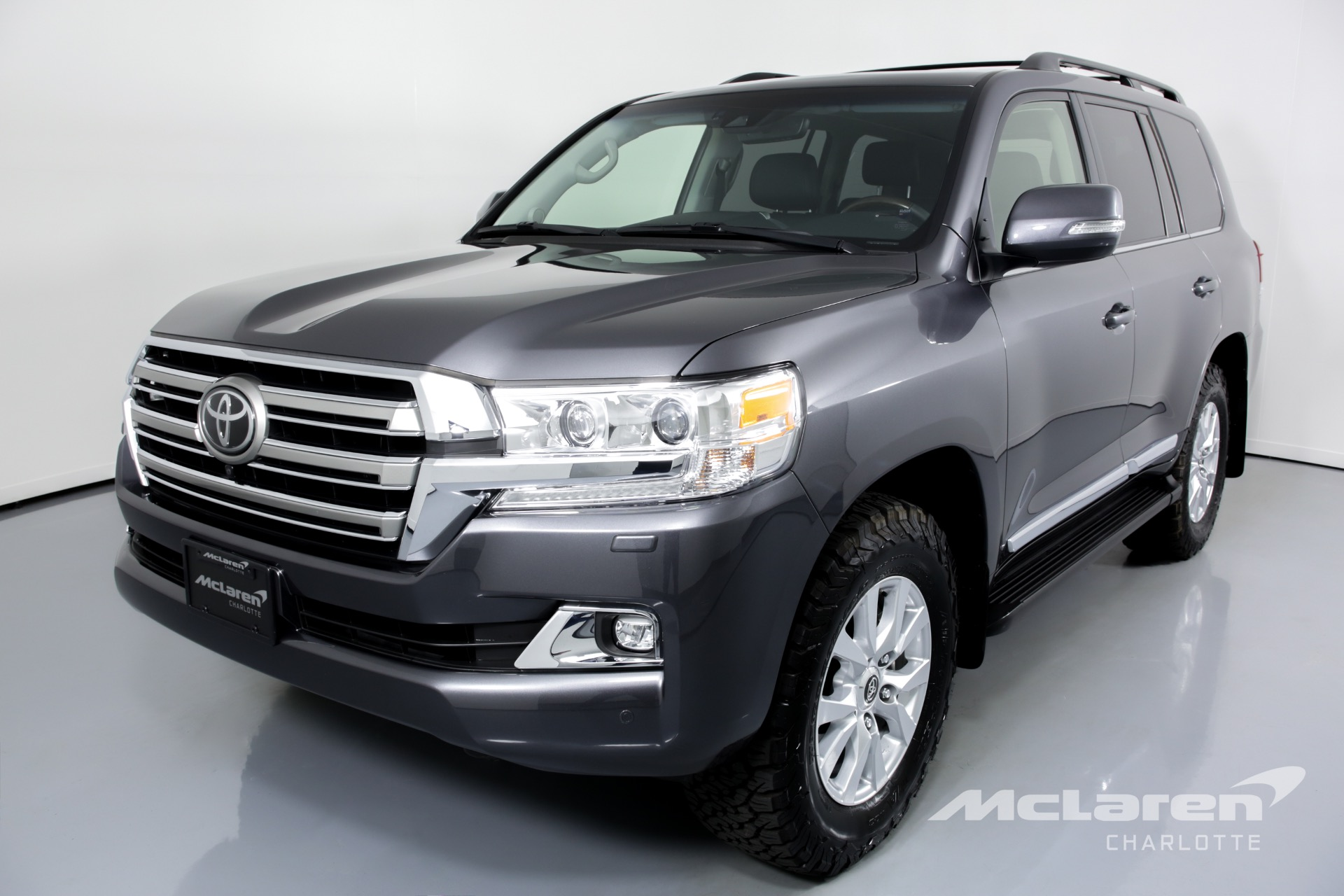 used 2019 toyota land cruiser for sale   77 456