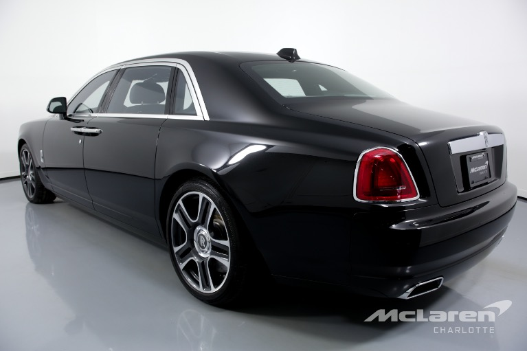 Used-2018-Rolls-Royce-Ghost-EWB