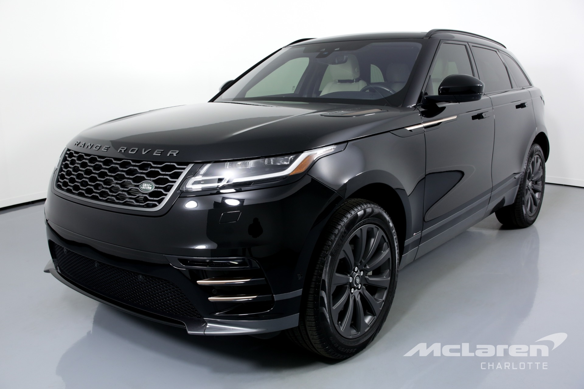 Used 2018 Land Rover Range Rover Velar D180 R-Dynamic SE | Charlotte, NC
