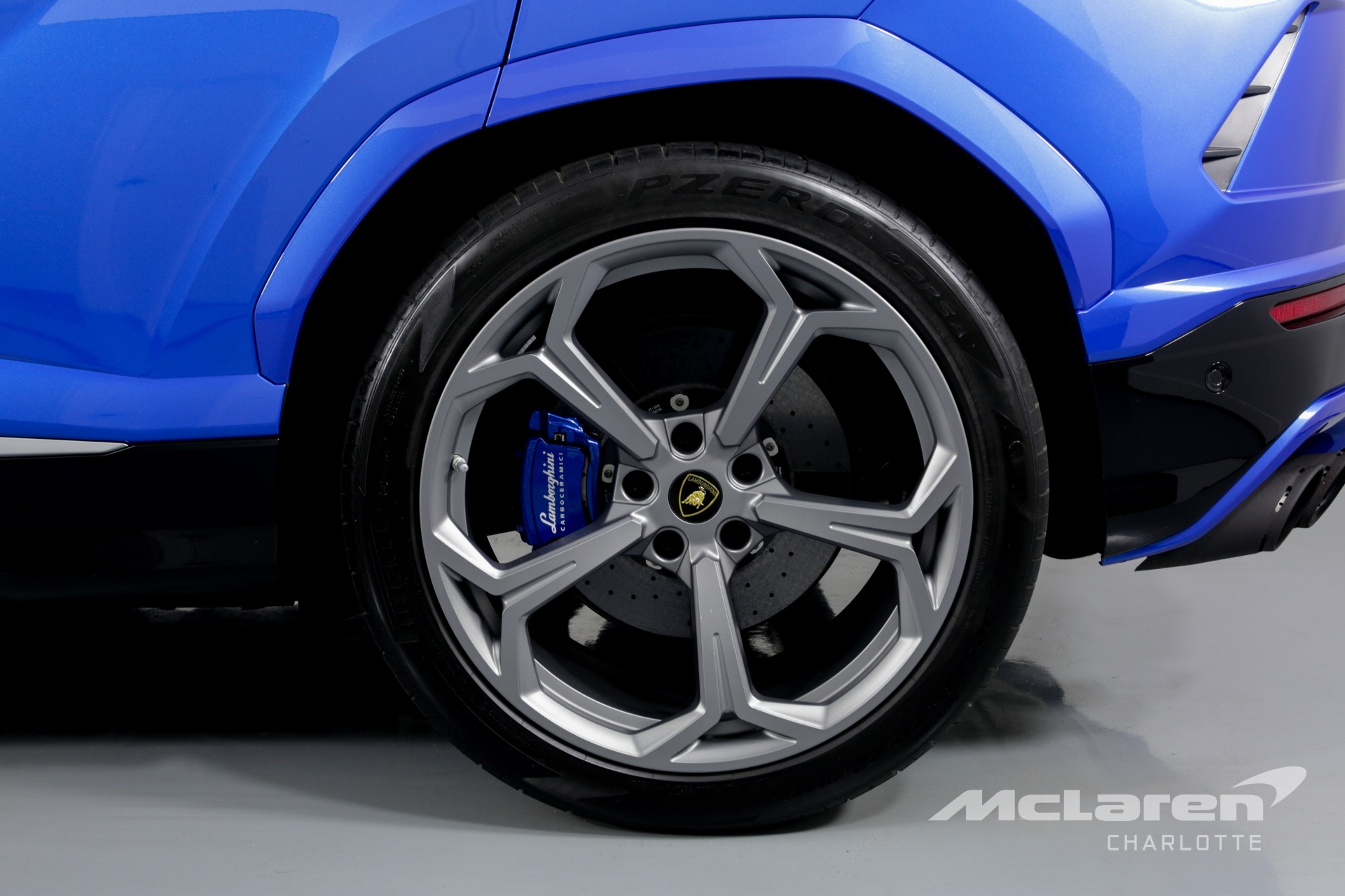 Used 2019 Lamborghini Urus For Sale ($269,996) | McLaren