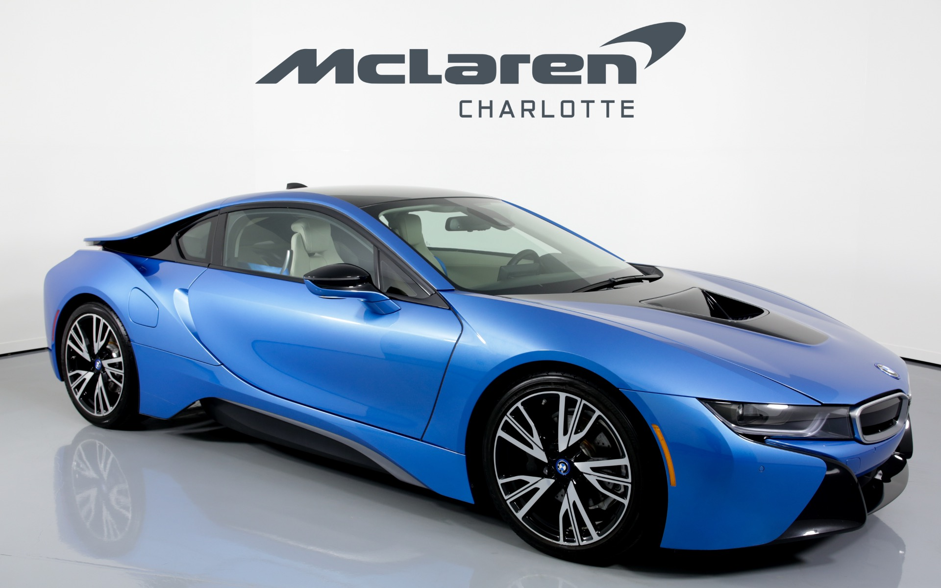 used 2015 bmw i8 for sale ($69,996) | mclaren charlotte stock #392061