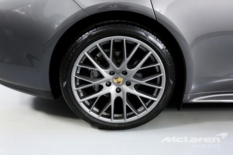 Used-2017-Porsche-Panamera-Base