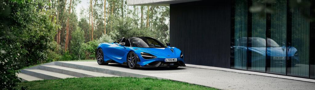 McLaren 765LT Spider Blue